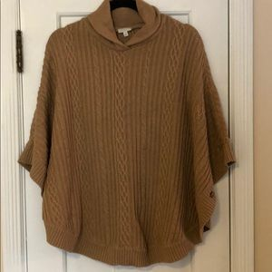Talbots tan cable knit poncho Size S/M Like NEW
